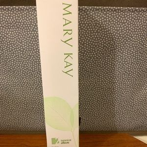 Mary Kay Botanical Effects Freshen
